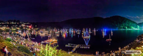 #0090  - Nachtpanorama Rursee in Flammen - Night Boat to Cairo (Madness)